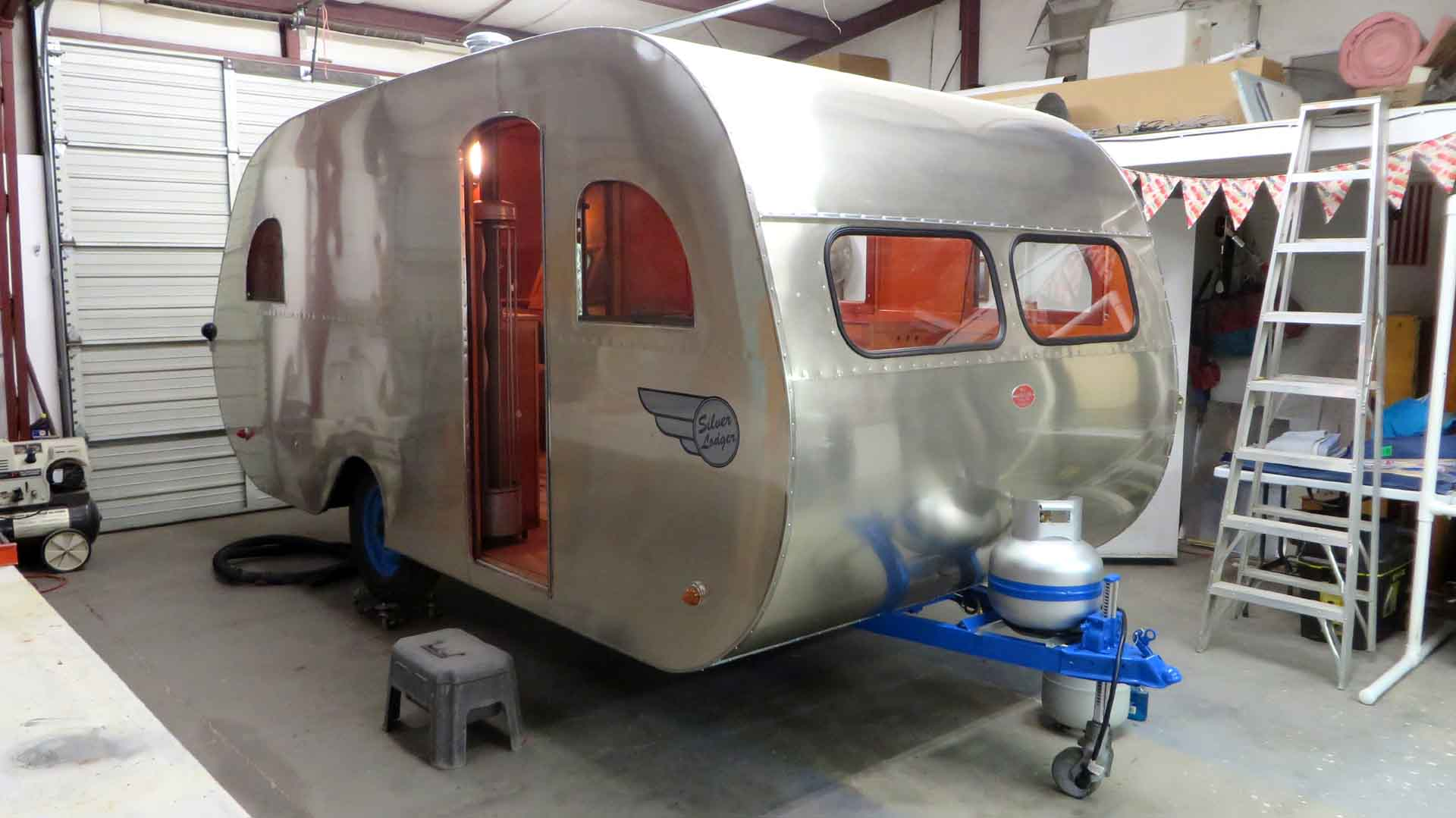 http://www.cannedhamtrailers.com/forum/47mainline/mainlineclose.jpg