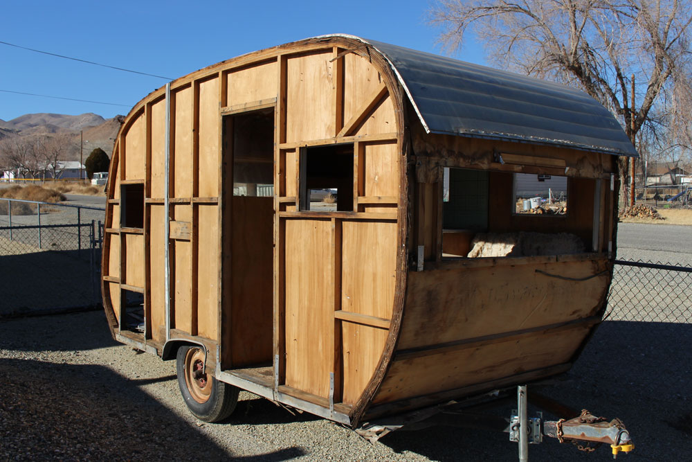 http://www.cannedhamtrailers.com/forum/54jewel/starthere.jpg