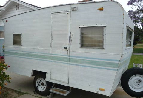 http://www.cannedhamtrailers.com/forum/63scamper/first11.jpg