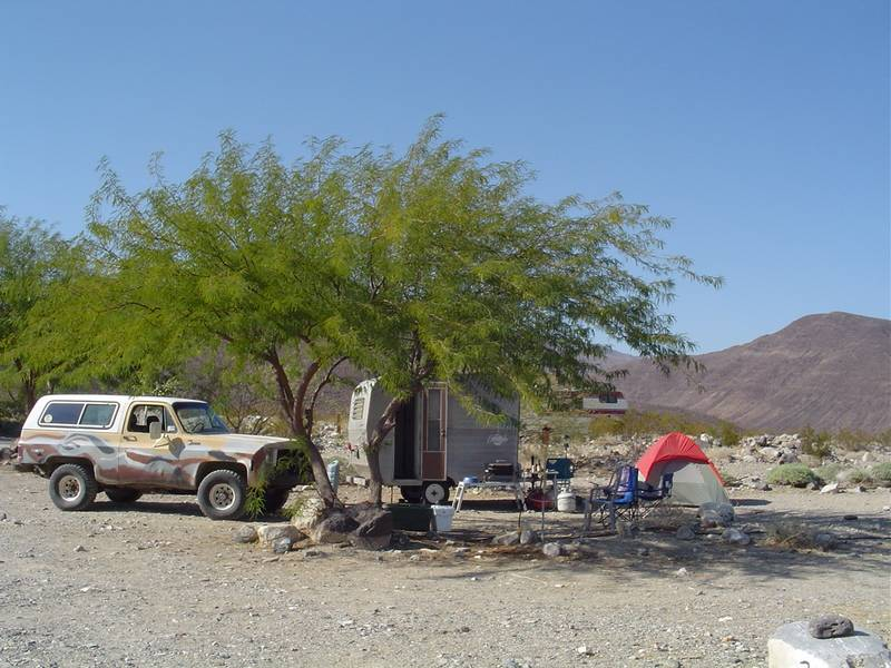 http://www.cannedhamtrailers.com/forum/camping/camp3.jpg