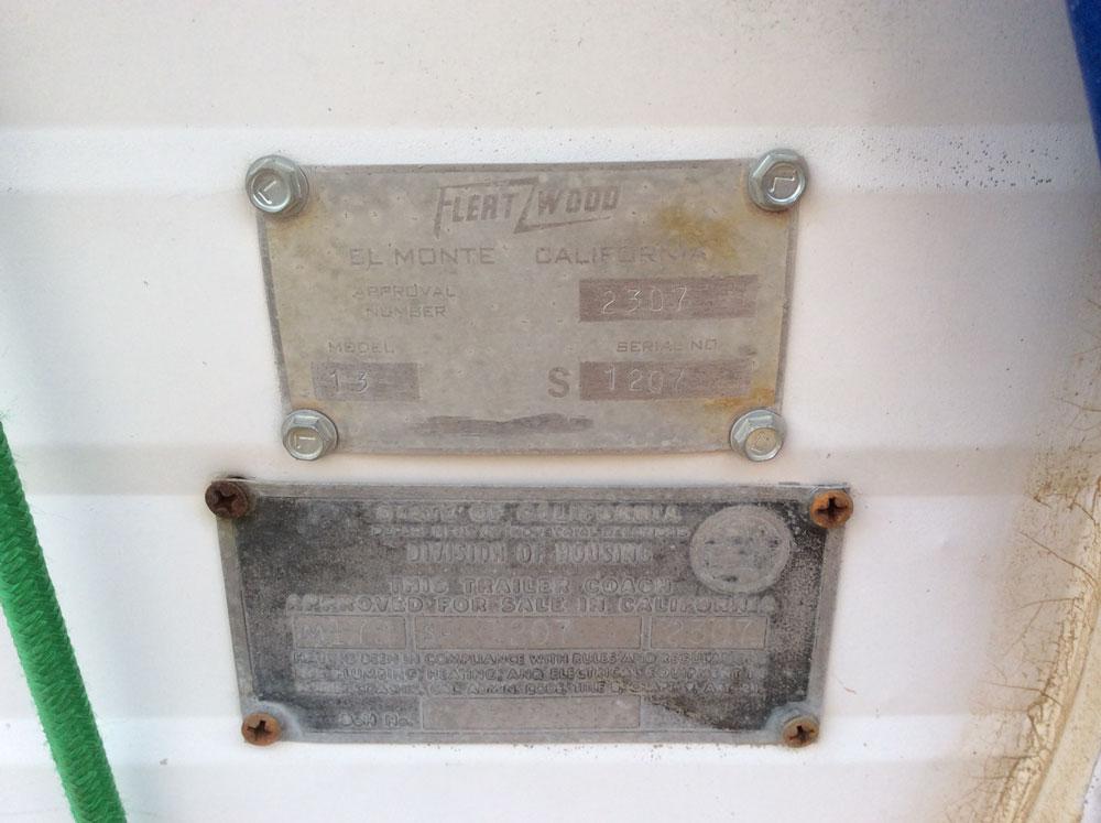 http://www.cannedhamtrailers.com/forum/fleatwoodplate.jpg